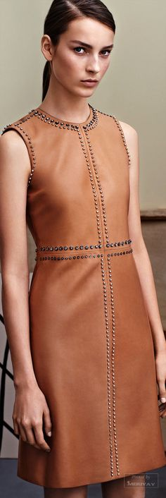 Top Trends from Pre-Fall Little Leather Dress Gucci pre-fall Look Fashion, High Fashion, Fashion Show, Womens Fashion, Fashion Design, Fashion Black, Modelos Fashion, Mode Boho, Costume