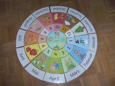 """Legekreis """"Das Jahr"""" auf Deutsch     Nun ist auch dieser Jahreskreis  fertig. Ich habe die Bilder im Gegensatz zum englischen Jahreskreis e..."""