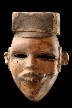 "Face mask ""elu"" Nigeria, Ogoni"