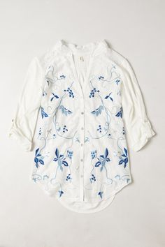 Tiny Embroidered Willa Top from Anthropologie (Europe)