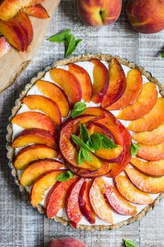 Celebrate National Peach Pie Day with This Vegan No-Bake Version — Delicious Links — Kitchn Best Vegan Desserts, Vegetarian Desserts, Delicious Vegan Recipes, Healthy Recipes, Vegan Food, Healthy Food, Baked Peach, Tart Recipes, Free Recipes