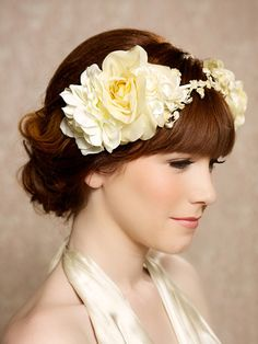 Yellow flower Hair Crown Bridal Hair Wreath por GildedShadows, $68.00
