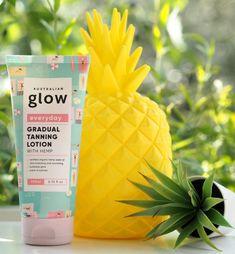 Australian Glow Every Day Gradual Tanning Lotion | British Beauty Blogger Best Spf Sunscreen, Tanning Sunscreen, Gradual Tan, Beauty Bay, Pale Skin, Face And Body, Lotion, Glow, British
