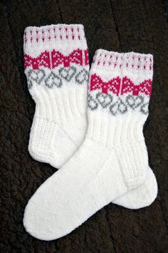 Knitting Socks, Mittens, Christmas Stockings, Crochet, Hats, Pattern, Tricot, Tejidos, Tutorials