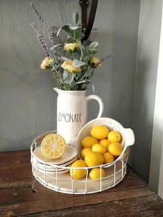 Citrus fruit, Especially Lemons, are so crisp and clean and colorful to decorate your kitchen. jeffandstephs on etsy makes Lemon window decor to match! kitchen decor Country Farmhouse Decorating with Lemons Farm Kitchen Ideas, Lemon Kitchen Decor, Rustic Kitchen, Country Kitchen, Diy Kitchen, Italian Kitchen Decor, French Kitchen, Kitchen Tables, Kitchen Trends