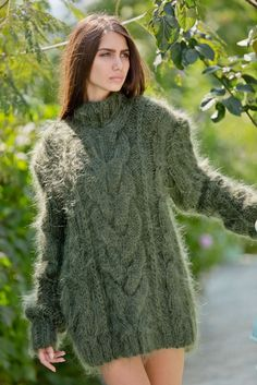 Tiffy Mohair Hand Knitted T- neck Cables Sweater Fuzzy Fluffy Thick  Green S M L #Handmade #Sweater