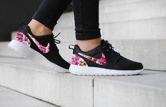 Nike Roshe uno negro con diseño personalizado blanco tela