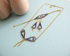 Le produit Collier motif Naos en perles de verre japonaises Miuki est vendu par My-French-Touch dans notre boutique Tictail.  Tictail vous permet de créer gratuitement en ligne une boutique de toute beauté sur tictail.com