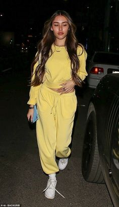 Out and about: Madison Beer, cut a casual figure as she showed off her new hairdo after leaving Alen M salon in West Hollywood on Wednesday Estilo Madison Beer, Madison Beer Style, Madison Beer Outfits, Madison Beer Makeup, Celebrity Outfits, Celebrity Style, Mode Outfits, Fashion Outfits, Maddison Beer