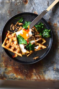 Yummy vegetarian alternative to the full English breakfast or Friday night power boosting fry up , is it wrong to eat it out of the pan in front of a boxset ? Gluten free cheesy chickpea waffles with buttered basil mushrooms Breakfast Desayunos, Breakfast Recipes, Savory Waffles, Buckwheat Waffles, Cheese Waffles, Gluten Free Waffles, Vegetarian Recipes, Healthy Recipes, Gastronomia