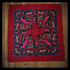 Beautiful, vintage wool scarf Rich with red and pink florals, this is an eye-catcher! Accessories Scarves & Wraps