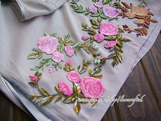 2 pcs Rose Flower Embroidery Appliques Fabric Patch by lacecrafted, $4.20