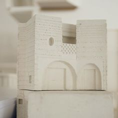 Mesmerised by this elegant cast model spotted during the latest Peek at Sergison Bates architects. The craft of model making is taken to new heights here. . . . . . . . . . . #architecture #archilovers #architect #dezeen #portfolios #portfolioreview #architecturestudio #architecturestudent #modelmaking #critday #architektur #architectonics #wabisabi #architectureschool #next_top_architects #architecturedrawing #archistudent #architecturaldrawing #archidaily #designboom #architecturestudents…