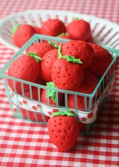 Strawberry Sugar Cookies {Munchkin Munchies}