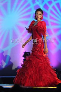 FILIPINA TERNO IN RED..