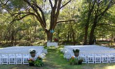 The wedding tree at Shady Lane Farm!  www.shadylanefarm.net