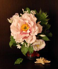 Sugar flowers - Cake by Mila