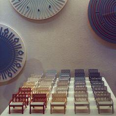 Miniaturas da Poltrona Leblon expostas na loja Way Design no Leblon. A mostra Way Cultural 2013 ficará ainda por  três semanas. #moveis #furniture #design #designbrasileiro #interiordesign  #mobiliario #lattoog #lattavo #moog #lattoogdesign #schuster #schustermoveis #UploadDesignBrasil #waydesign