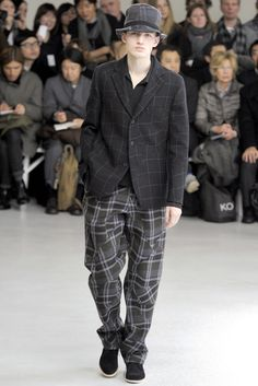 Issey Miyake Fall 2012 Menswear - Collection - Gallery - Style.com