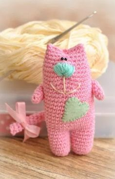 Amigurumi cat free crochet pattern
