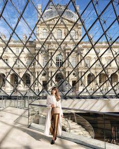Jenny Cipoletti in Paris, Louvre