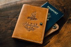 Leather Cover Monedero Passport Adventure Viajes Piel Campfire Awaits EwzATA
