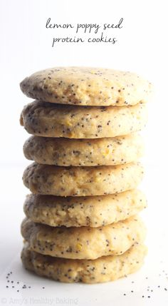 Lemon Poppy Seed Protein Cookies -- these skinny, protein-packed cookies don't taste healthy at all! Even better, they're low carb & acceptable for breakfast! Protein Cookies, Protein Cookie Recipe, Healthy Cookies, Healthy Treats, Cookie Recipes, Protein Cake, Protein Muffins, Cookie Ideas, Muffin Recipes