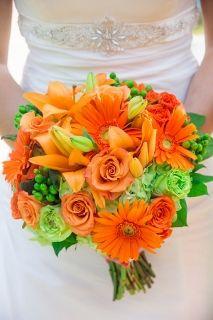 wundervoller Hochzeitsstrauß