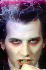 David Vanian picture (source: http://famous-relationships.topsynergy.com/David-Vanian/)
