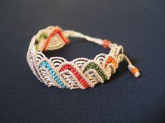 Bracelet ajustable en macramé