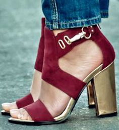 Shoespie Chunky Heel Sandals