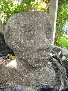 How to make hypertufa planter heads Concrete Molds, Concrete Garden, Concrete Art, Concrete Planters, Concrete Projects, Concrete Patios, Concrete Crafts, Styrofoam Head, Concrete Sculpture