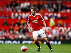 Report: Juan Mata, Daley Blind can leave Manchester United