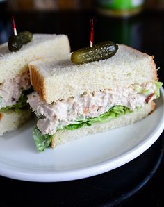 World'S Best Chicken Salad! with Rotisserie Chicken, Mayonnaise, Chopped Celer. - Food and Drink Recipes - Chicken Mayonnaise, Cold Sandwiches, Delicious Sandwiches, Sandwich Fillings, Salad Sandwich, Sandwich Ideas, Best Chicken Salad Recipe, Chicken Recipes, Salad Chicken
