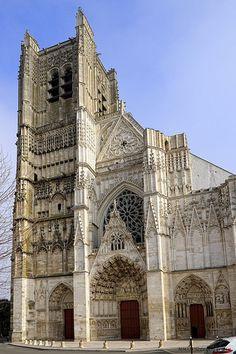 Façade Occidentale. Cathédrale Saint-Étienne d'Auxerre. Bourgogne (Burgundy, France_ #Gothic