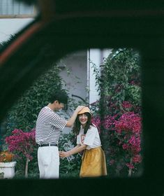 Unforgettable wedding photography pictures - acquire unique plans from the photo explanation. Korean Wedding Photography, Couple Photography Poses, Film Photography, Pre Wedding Photoshoot, Wedding Poses, Couple Aesthetic, Foto Instagram, Ulzzang Couple, Couple Shoot