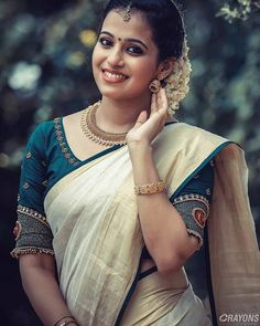 Types of sari blouse designs for every woman - The handmade craft Kerala Engagement Dress, Engagement Saree, Engagement Dresses, Kerala Saree Blouse Designs, Blouse Designs Silk, Bridal Blouse Designs, Onam Saree, Kasavu Saree, Kerala Bride