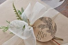 One of my favourite parts of Christmas are the gifts. I love finding that perfect gift for each person on my list. Cookie Wrapping Ideas, Present Wrapping, My Favorite Part, My Favorite Things, Brown Paper Packages, Ribbon Wrap, Natural Christmas, So Creative, Apple Tree