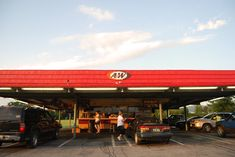 Hard to believe that in the and there were more A W Drive Ins than McDonald's! Remember having a large tray of Burgers, Fries, and Frosty Mugs of Root Beer hooked to your Car Window? I Want A Baby, A&w Root Beer, Retro Recipes, Good Ole, Back In The Day, Vintage Advertisements, The Neighbourhood, Nostalgia, The Past
