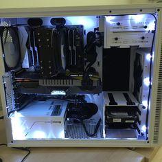 jazzdab's Completed Build - Core i7-6800K 3.4GHz 6-Core, GeForce GTX 1070 8GB AMP! Extreme, Define R5 w/Window (White) ATX Mid Tower - PCPartPicker