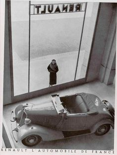 1930's Renault. Really enjoy the view in this photo!