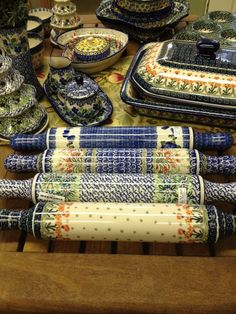 Not your average rolling pin.  Ceramika Artystyczna polish pottery rolling pins are beautiful (each hand-painted) - but they are functional too!  Hardly any flour is needed to roll out that traditional holiday cookie.