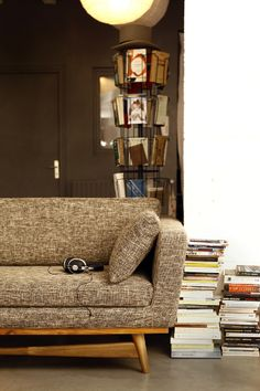 1000 images about livingroom on pinterest string shelf for Canape 120 red edition