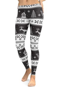Bundle up with these gift ideas and leggings that say Merry Christmas! 🎅🏻 Christmas Party Outfits, Holiday Party Outfit, Athleisure Outfits, Athleisure Fashion, White Christmas, Merry Christmas, Christmas Shopping Online, Leggings Outfit Winter, Slim Hips