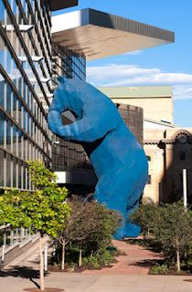 I See What You Mean aka the big blue bear by Lawrence Argent. At the Colorado Convention Center. Visit Denver, Visit Colorado, Living In Colorado, State Of Colorado, Colorado Homes, Denver Colorado, Denver City, The Places Youll Go, Places To Go