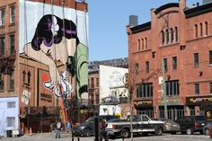 UK-based street artist D*Face has just recently made the trip to the States and transformed urban walls across New York City with his Roy Lichtenstein-insp