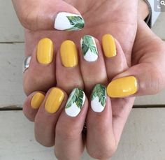 nails summer colors 2017, Cute palm print nails!