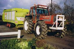 Tractor Pictures, Big Tractors, New Holland, Fiat, Monster Trucks, Farming, Vehicles, Artwork, Childhood