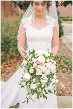Wedding Flowers by Twigs | greenville, sc A Darling Day wedding photographer