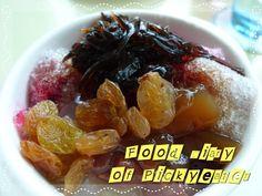 Ice Kacang - DIY!  http://yumyumbites.blogspot.com/2012/07/hi-tea-buffet-at-swez-brasserie-part-2.html#